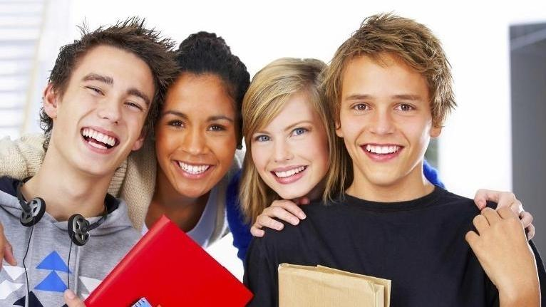 group of teens | Teen Dental Care in White Bear Lake MN | White Bear Smiles